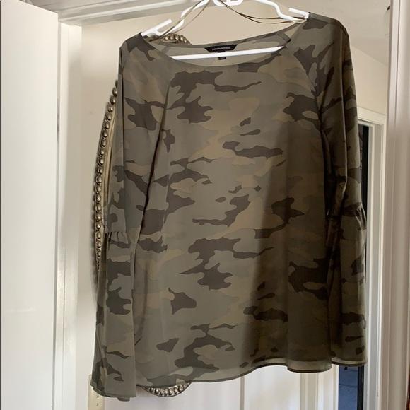 Banana Republic feminine camo blouse, like new